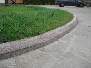 Бордюры из гранита   Изделия из натурального и искусственного камня   бордюр гранитный