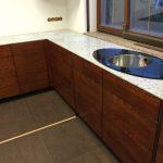 Подоконник на кухню из кварцита Caesarstone 6350