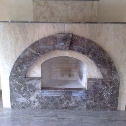Декоративная облицовка камина натуральным мрамором