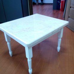Стол из мрамора Crema Nova