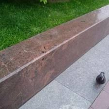 Бордюр гранитный   Изделия из натурального и искусственного камня   Бордюр