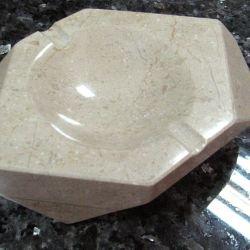 Сувенирная продукция | Изделия из искусственного и натурального камня | Пепельница из мрамора.