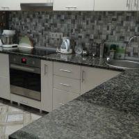 Столешница для кухни из украинского гранита Луковецкого месторождения