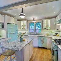Цвет ISLAND PARADISE в оформлении красивой кухни. Кухонные столешницы из натурального камня