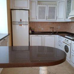 Кухонный поверхности и подоконник в том числе из кварцита Technistone Starlight Brown
