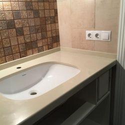 Столешница для ванной комнаты из искусственного камня Vicostone BQ8430 Boticcino