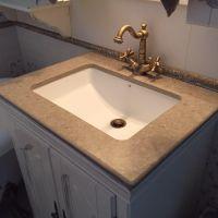 Столешницы под умывальник из камня - отличное решение для маленьких ванных комнат!