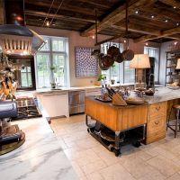 Столешница из натурального мрамора для кухни в стиле Лофт
