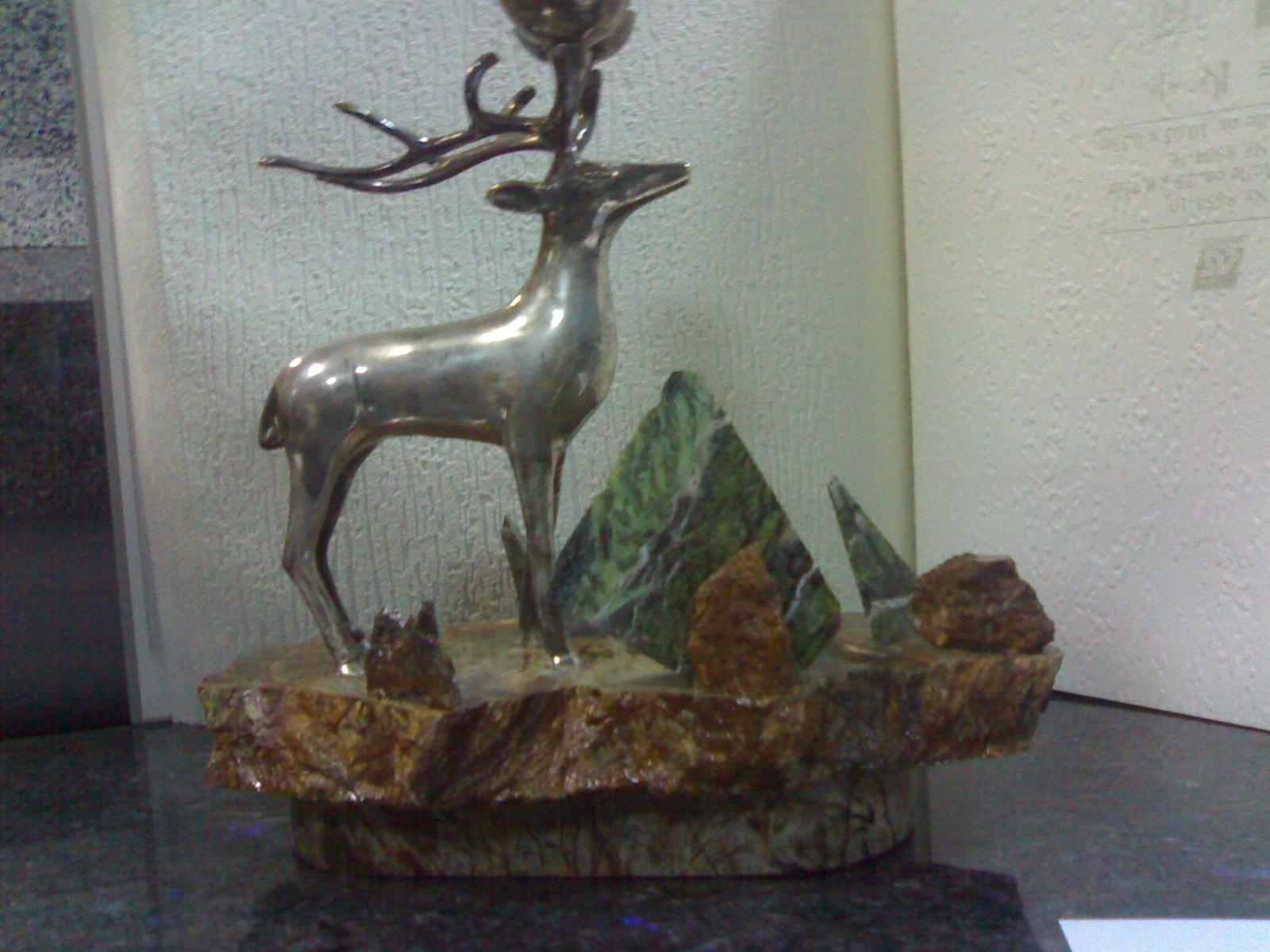 Сувениры из камня. Сувенирная подставка из мрамора